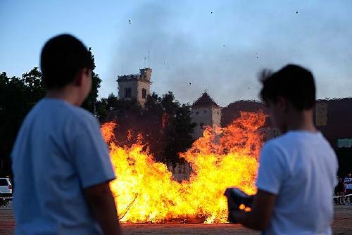 Sis petits incendis durant la revetlla de Sant Joan