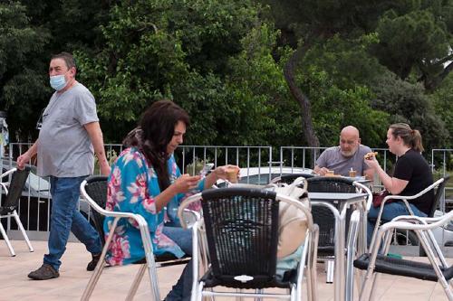 Una vuitantena de terrasses de bars i restaurants ha obert al municipi durant la fase 1