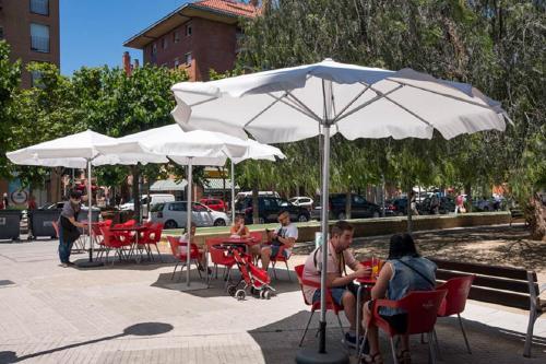 Ciutadans demana ampliar fins a final d'any la suspensió de la taxa de terrasses