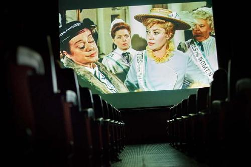 El Cineclub projecta avui 'Alma mater' al Teatre del Centre