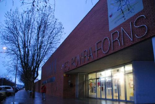Aquest mes han començat les obres d'ampliació de l'Institut Rovira-Forns