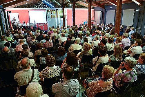 L'AEU clou el curs del desè aniversari amb un concert de Marina Rosell
