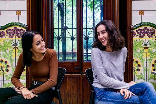 """Ana Maria i Lucía: """"Estem molt més contentes des que fem les classes presencials"""""""