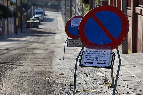 L'Ajuntament adjudica els treballs d'asfaltat d'una vintena de carrers