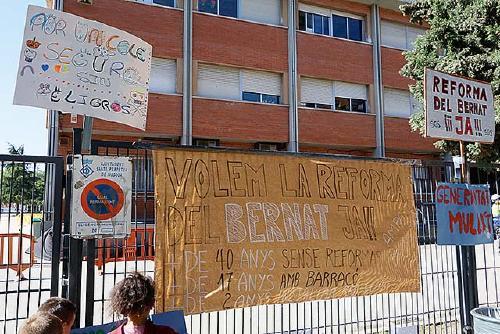 L'AMPA de l'Escola Bernat de Mogoda reclama als partits cercar solucions entre tots i no culpables