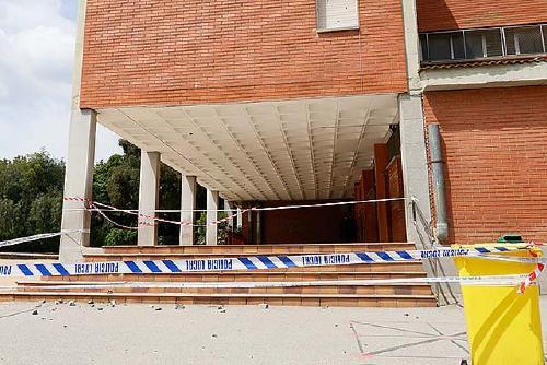 Comunicats i piulades creuades entre partits polítics sobre l'incident a l'Escola Bernat de Mogoda