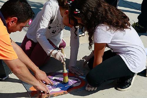 El camí escolar a l'Escola Santa Perpètua es comença a pintar