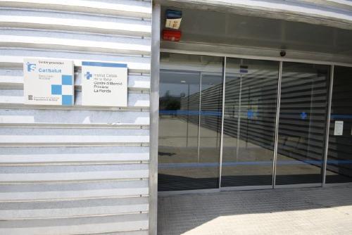 Es recullen signatures per demanar a Salut la implantació d'un Centre d'Urgències de 24 hores
