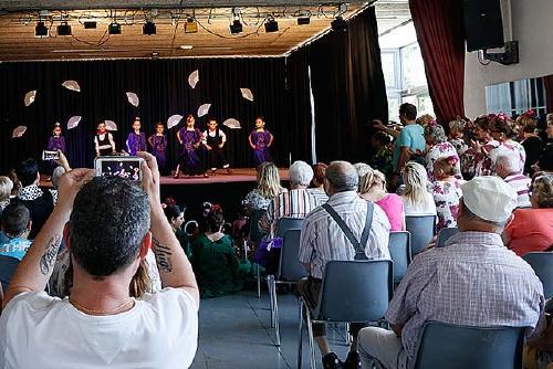 La Casa de Andalucía ha tancat la temporada amb un festival al Centre Cívic de La Florida