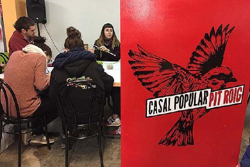 El Casal Popular Pit-roig celebra el seu segon aniversari
