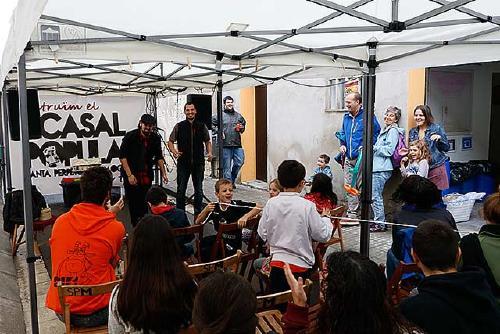 El Casal Popular ajorna indefinidament la festa del primer aniversari per la manca de llibertat de Cuixart i Sànchez