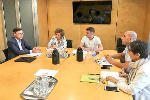 La CECOT presenta a l'Ajuntament un projecte d'eficiència energètica