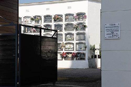 El Cementiri Municipal amplia demà el seu horari amb motiu de la festivitat de Tots Sants