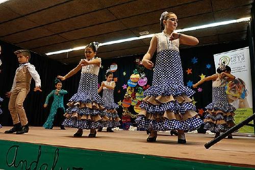 El Centro Cultural Andaluz dedica el festival solidari a SPSolidària i Esabar Saharaui Badalona Cooperación