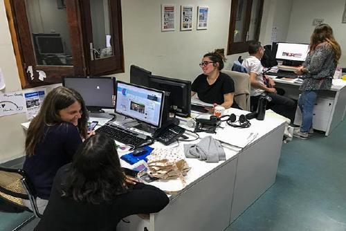 Els serveis informatius finalitzen la cobertura especial després de més de 16 hores de seguiment informatiu