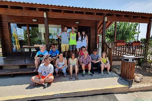 Membres de Junts per la Diversitat gaudeixen de les colònies d'estiu