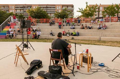 Una seixantena de persones assisteixen al concert programat pel Casal Popular