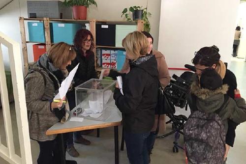 Jornada de votacions per renovar els representants de les famílies als Consells Escolars dels centres educatius