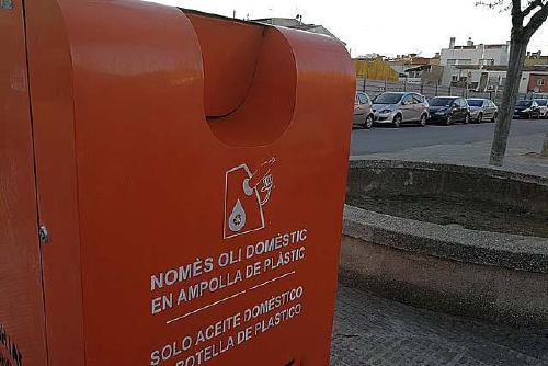 Santa Perpètua disposa de vuit contenidors per reciclar l'oli usat