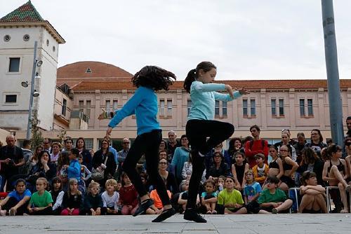 L'Escola Municipal de Música i Dansa celebra avui el Dia Internacional de la Dansa