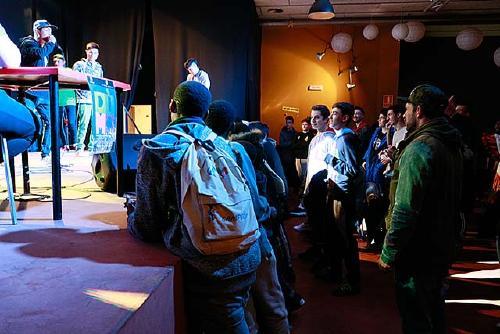 L'equip DIMO prepara una nova competició de 'Freestyle' per tornar a l'essència més pura del rap