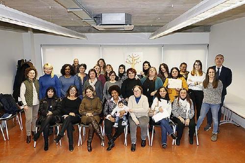 El programa 'Dones competents' atén durant el 2017 a 72 persones