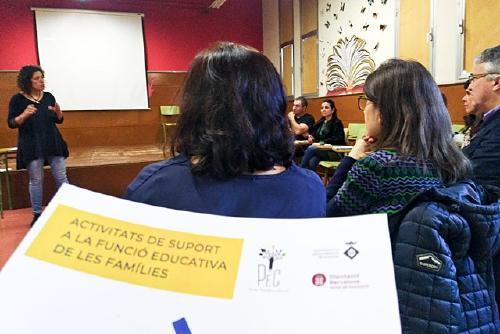 Educació obre una consulta online per conèixer els interessos de formació de les famílies