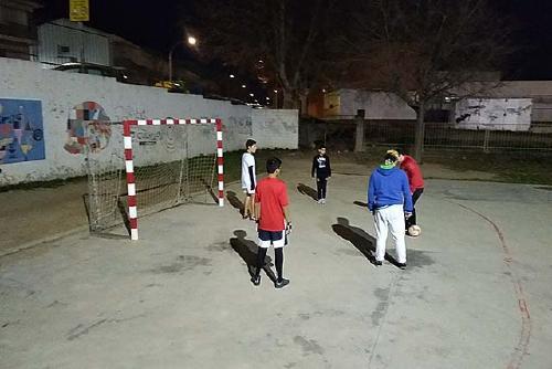 Els DIMO inicien ESPATI, de pràctica d'esport a l'Escola Santa Perpètua