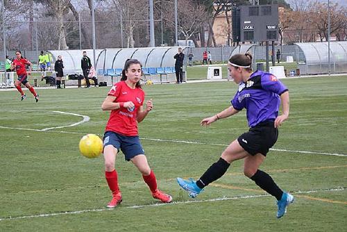 El primer equip femení de la UCF Santa Perpètua cau a casa contra la Fundació Esportiva Olot (0-1)