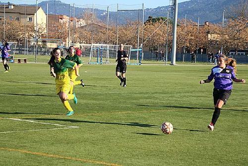 L'equip femení de la UCF Santa Perpètua guanya per la mínima a la Peña Recreativa de Sant Feliu de Llobregat