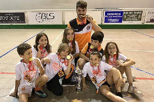 El prebenjamí A del Club Hoquei Dalmec Santa Perpètua aconsegueix el títol de la Copa de Barcelona