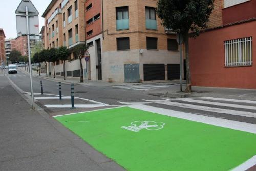 Se senyalitzen espais verds de seguretat per a vianants