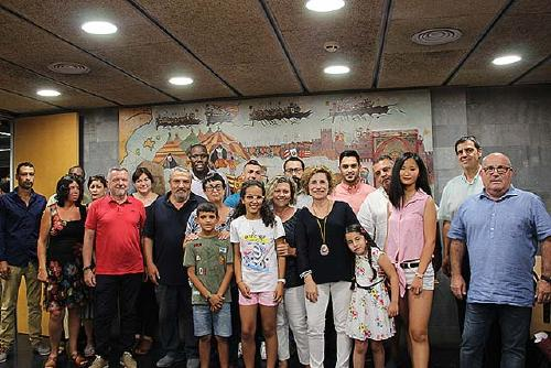 La Corporació dona la benvinguda oficial als dos infants sahrauís del projecte 'Vacances en Pau'