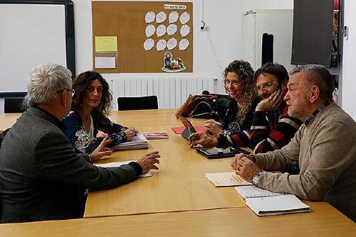 La Generalitat anuncia la fusió dels centres Santiga i Els Aigüerols en un nou institut-escola