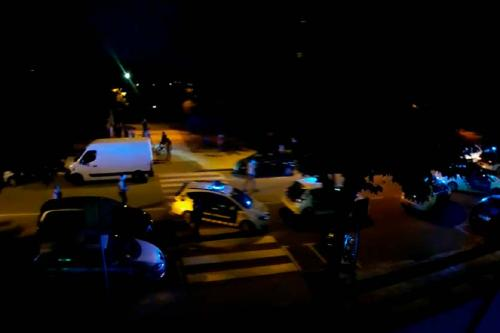 Una discussió de trànsit acaba amb un ampli dispositiu policial