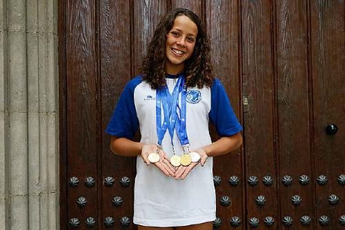 Júlia Luis participa en el Campionat d'Espanya de Natació aleví