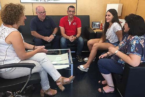 L'Ajuntament ret homenatge Laura Vicente, campiona del món amb la selecció espanyola d'hoquei patins