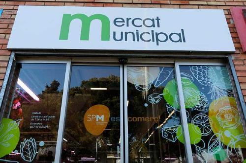 El Mercat Municipal s'estrena com a col·legi electoral