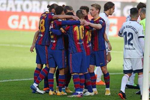 Óscar Mingueza debuta a la lliga amb el Barça