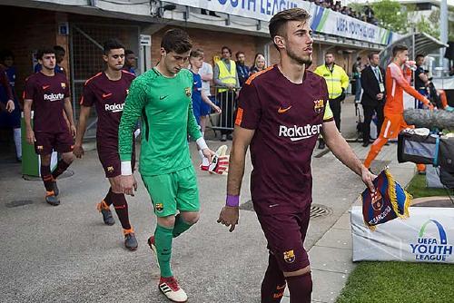 El perpetuenc Mingueza guanya la Youth League amb el juvenil A del Barça