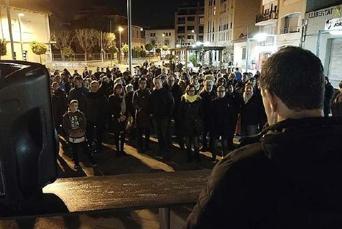 Centenars de persones protesten contra els darrers empresonaments