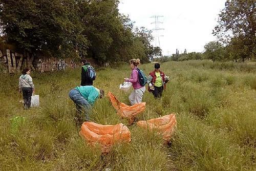 Medi Ambient fa una crida al civisme per eradicar els  abocaments de residus