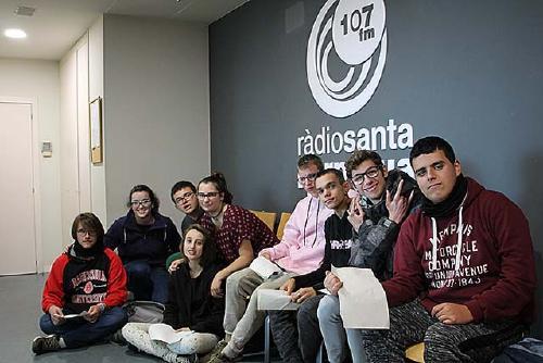 El manifest del CNIAC i el 25N, temes més destacats de 'Les notícies joves a la Ràdio'