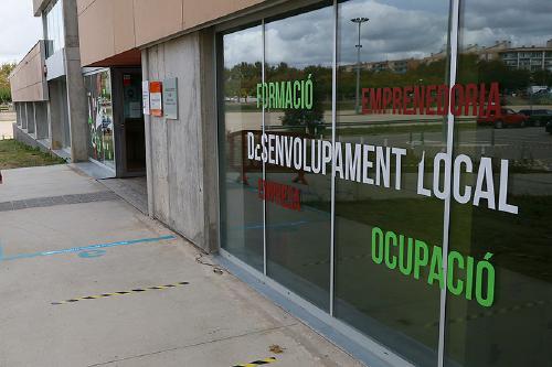 L'atur s'estabilitza al març i cau la demanda d'ocupació un 2,9%