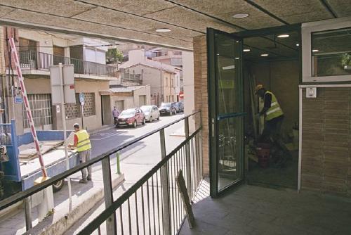 Millores a la seu de la Policia Local i a l'edifici de l'Ajuntament