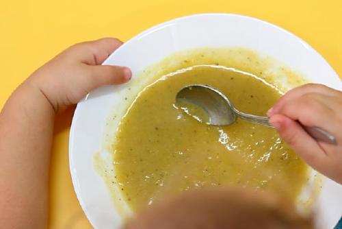 Més d'un centenar de perpetuencs rebran un àpat diari al mes d'agost gràcies al menjador social