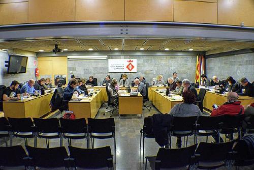 El Ple acorda treballar per la millora de la Riera de Caldes en el marc del Pacte Territorial