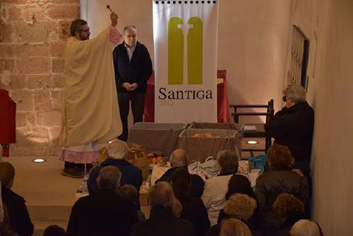 Més de 500 panets es beneeixen a Santiga durant la festivitat de Santa Prisca
