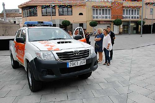 Es presenta un nou vehicle de l'Associació de Voluntaris de Protecció Civil