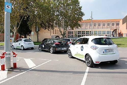 Setze vehicles participen en el Ral·li d'eficiència energètica que va passar per Santa Perpètua